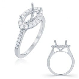 Engagement ring, Halo style for Marquise diamond